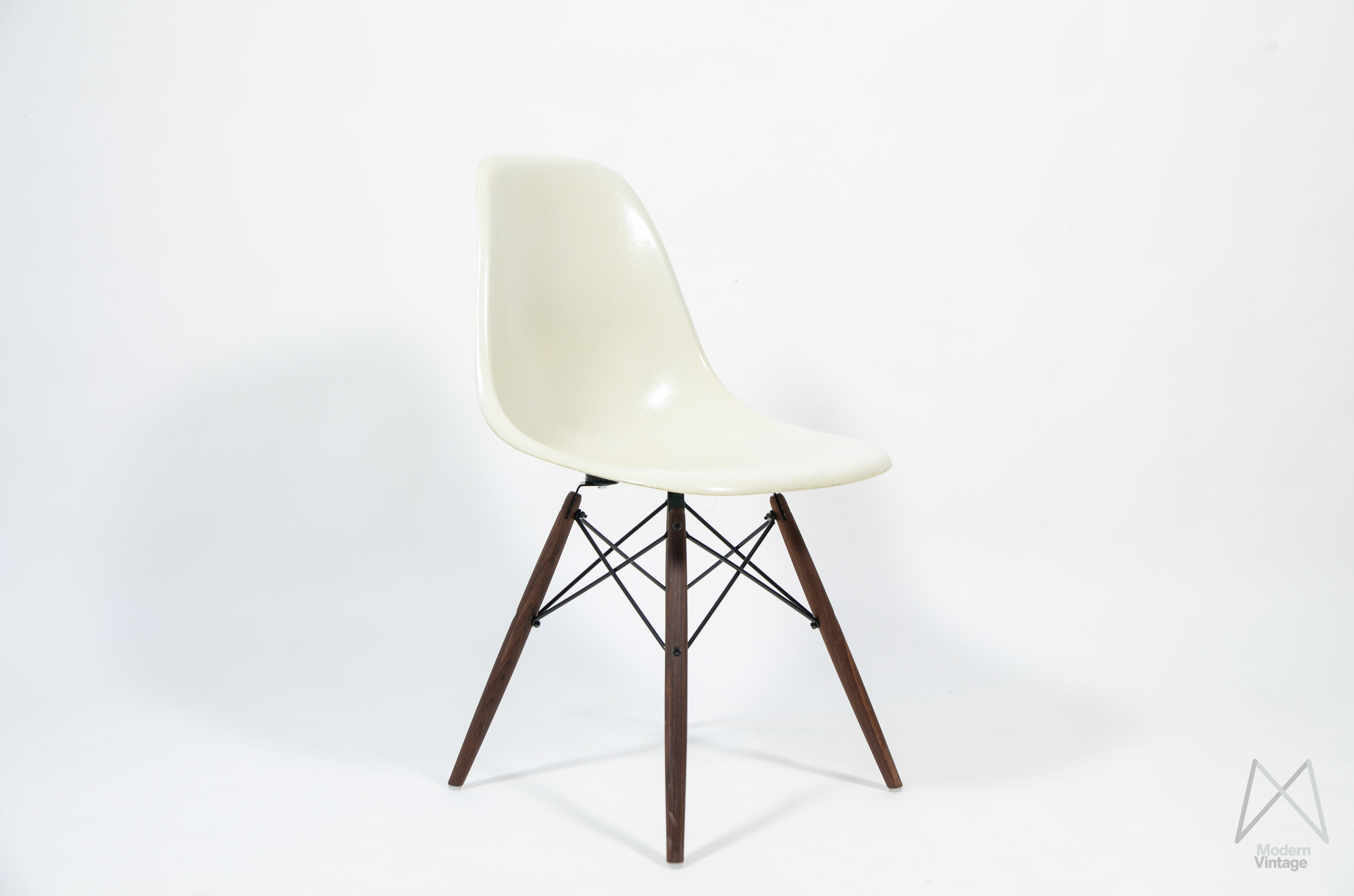 Eames Stoel Vitra : Modern vintage amsterdam original eames furniture u eames herman