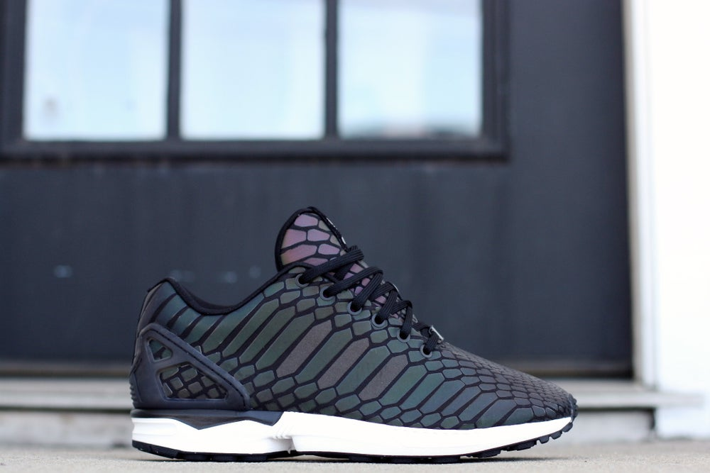 "Image of ADIDAS ZX FLUX ""XENO"" B24441"