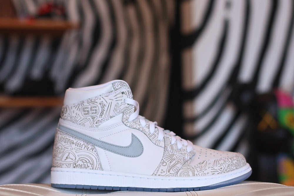 Image of AIR JORDAN RETRO 1 HIGH OG LASER
