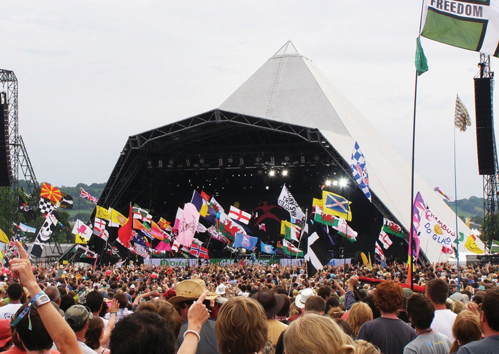 Image of PYRAMID STAGE / COMPETITION WINNER 2010