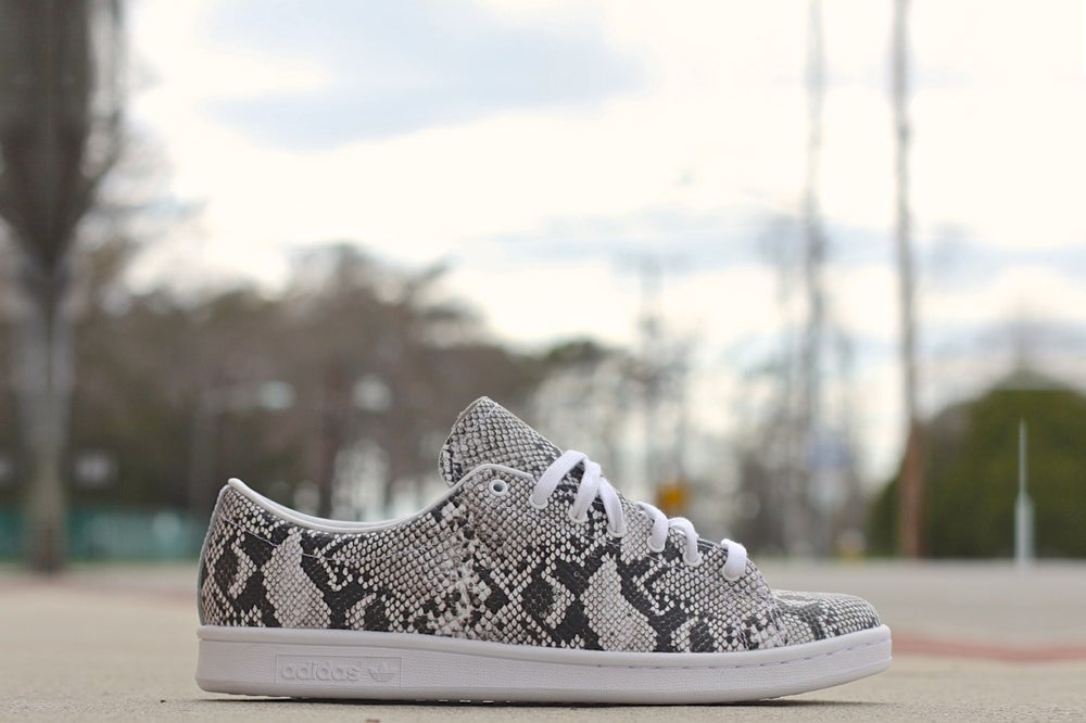 Image of ADIDAS STAN SMITH ORIGINALS X HYKE JAPAN B26098