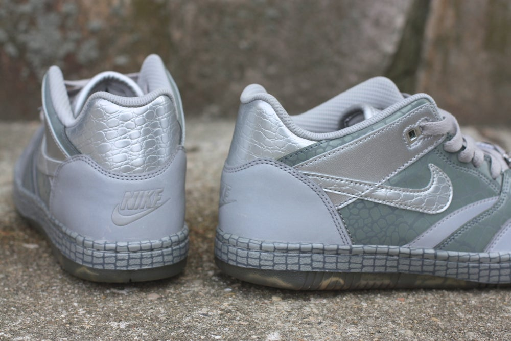 "Image of NIKE SKY FORCE 88 LOW LTR QS ""MIGHTY CROWN"" 503767 001"