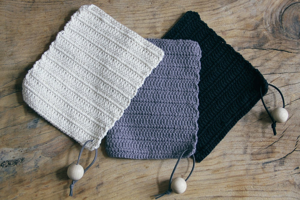 Image of Crocheted heat mats