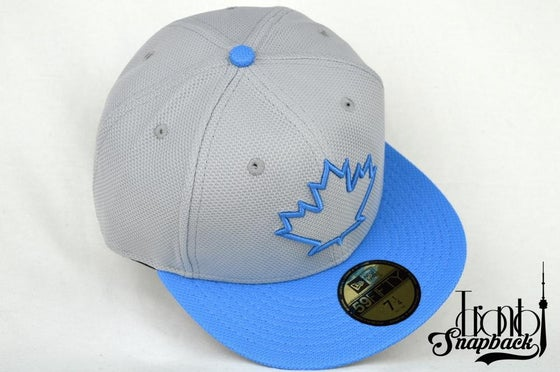 Image of TOR. BLUEJAYS SPRING TRAINING GRY/POWDER BLUE FITTED CAP