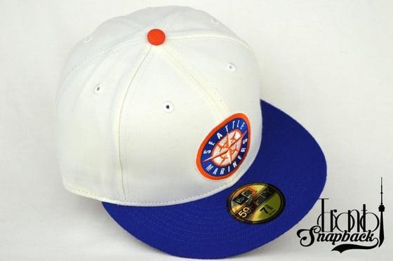 Image of SEATTLE MARINERS CUSTOM WHITE/ROYAL BLUE/ORANGE 5950 FITTED CAP