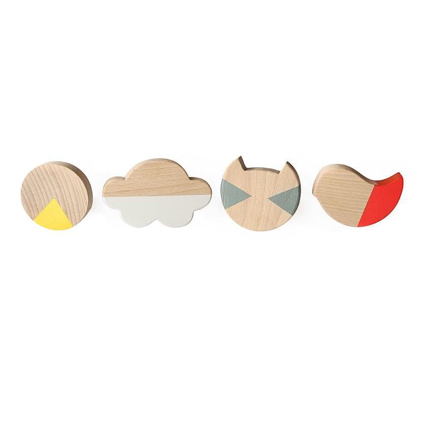 Image of Set de patères en bois de hêtre peints à la main