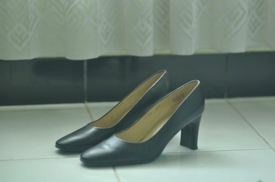 Image of Etienne Aigner black pumps