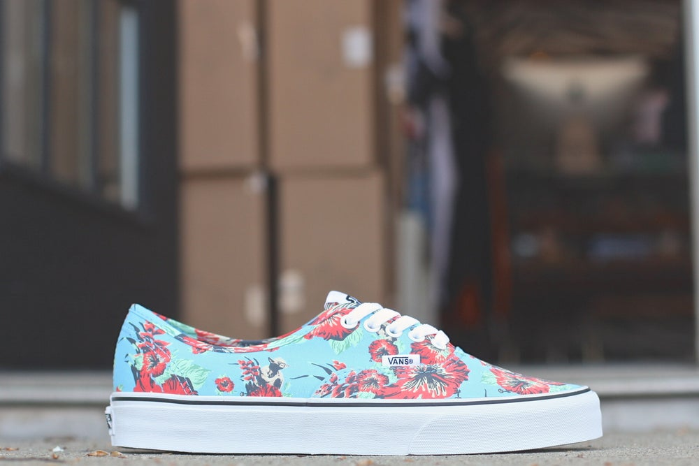 "Image of VANS AUTHENTIC X STAR WARS ""ALOHA YODA"""