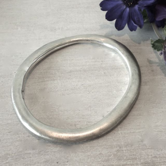 Image of Sterling silver oval bangle