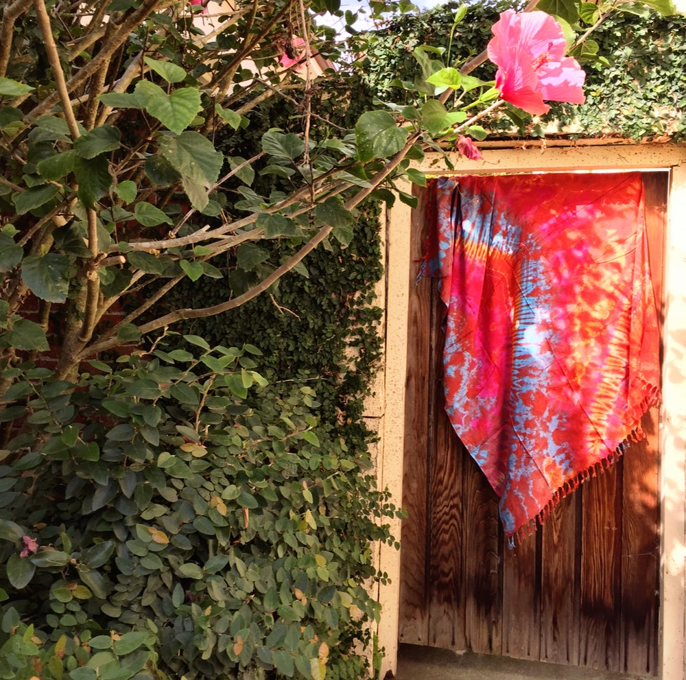 Image of Freespirit tiedye beachblankets