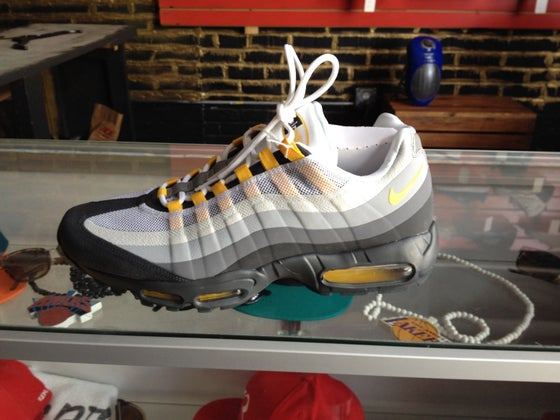Image of Nike AirMax 95