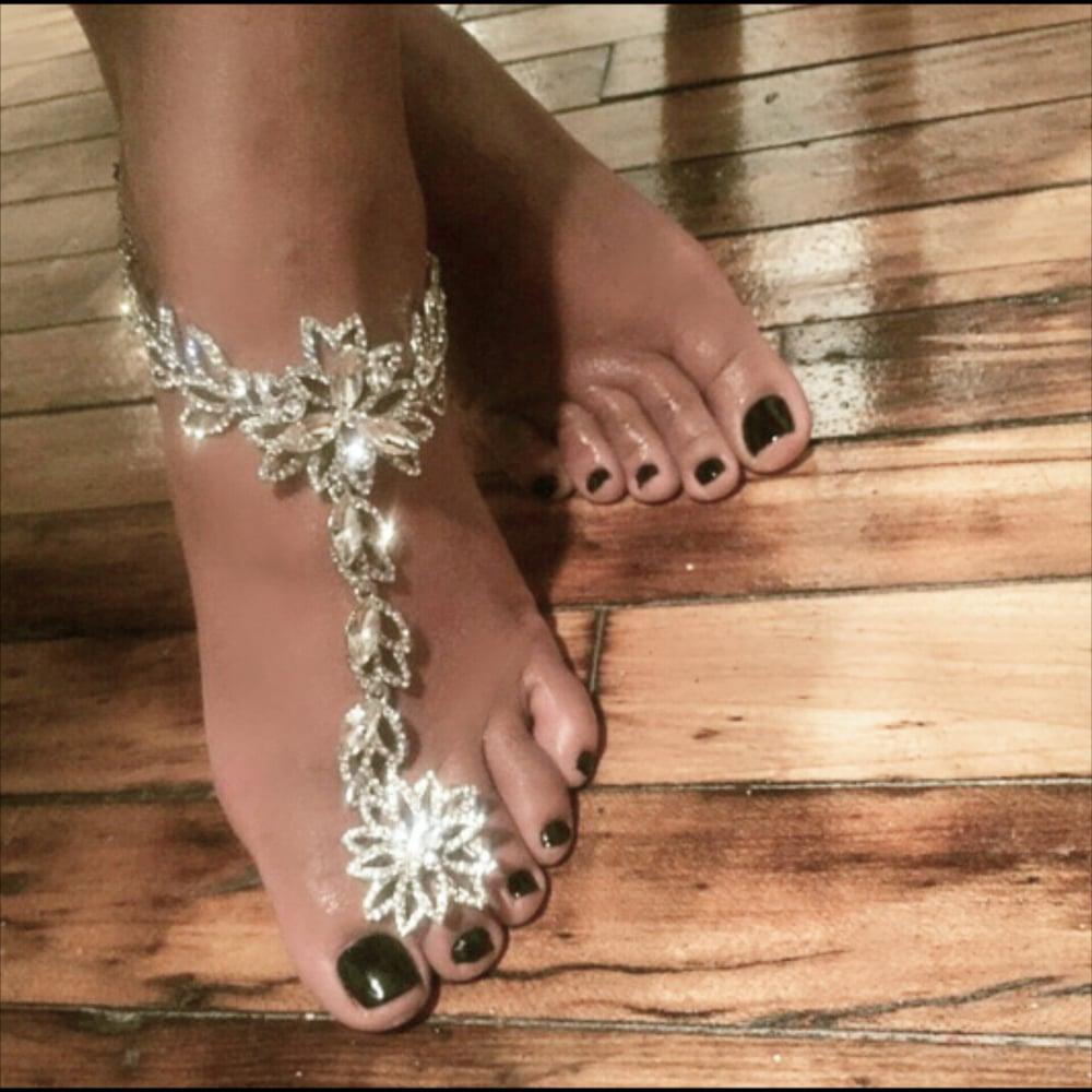 """""""Nel"""" Barefoot Sandal"""