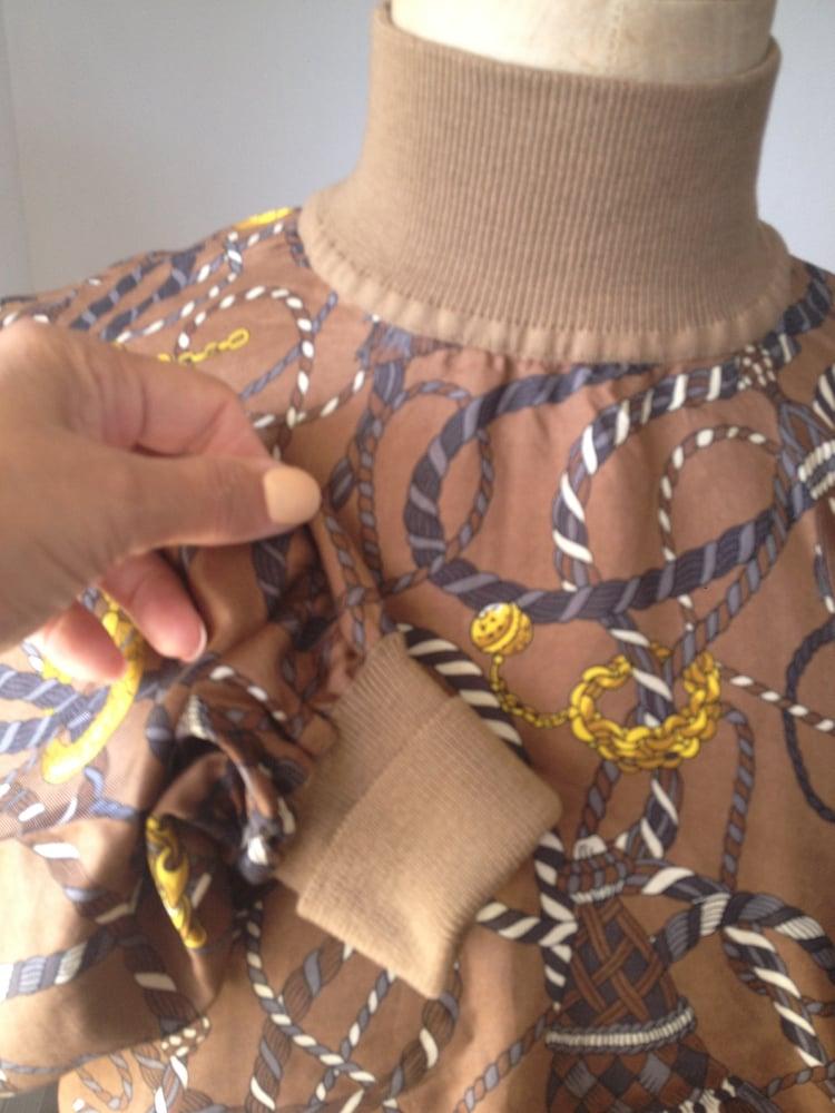 Image of Pull en soie Celine
