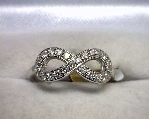 Image of 14K White Gold Diamond Infinity Ring
