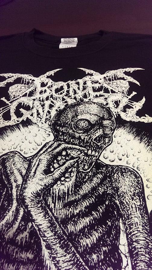 "BONE GNAWER ""Cannibal Crematorium"" T-Shirt"