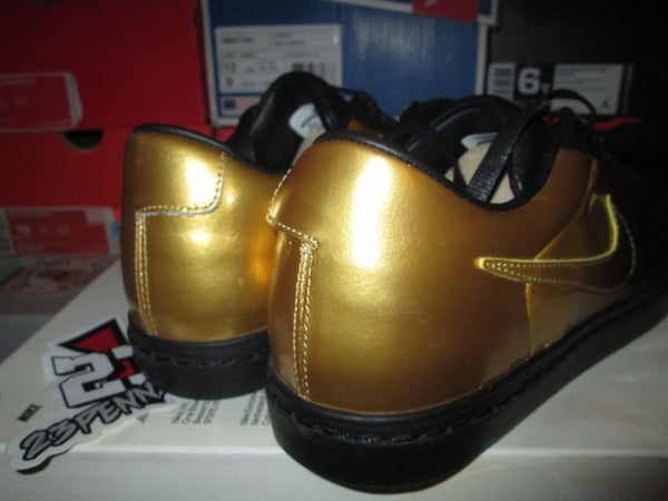 "Blazer Low SP ""Pedro - Black/Metallic Gold"" - FAMPRICE.COM by 23PENNY"