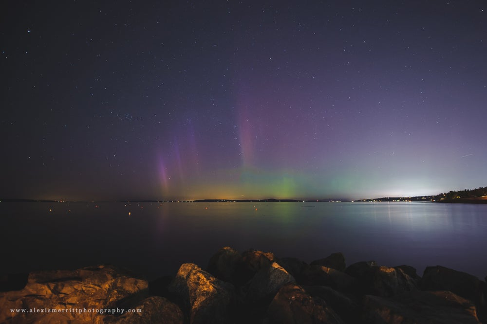 Image of Aurora Borealis - Edmonds Marina