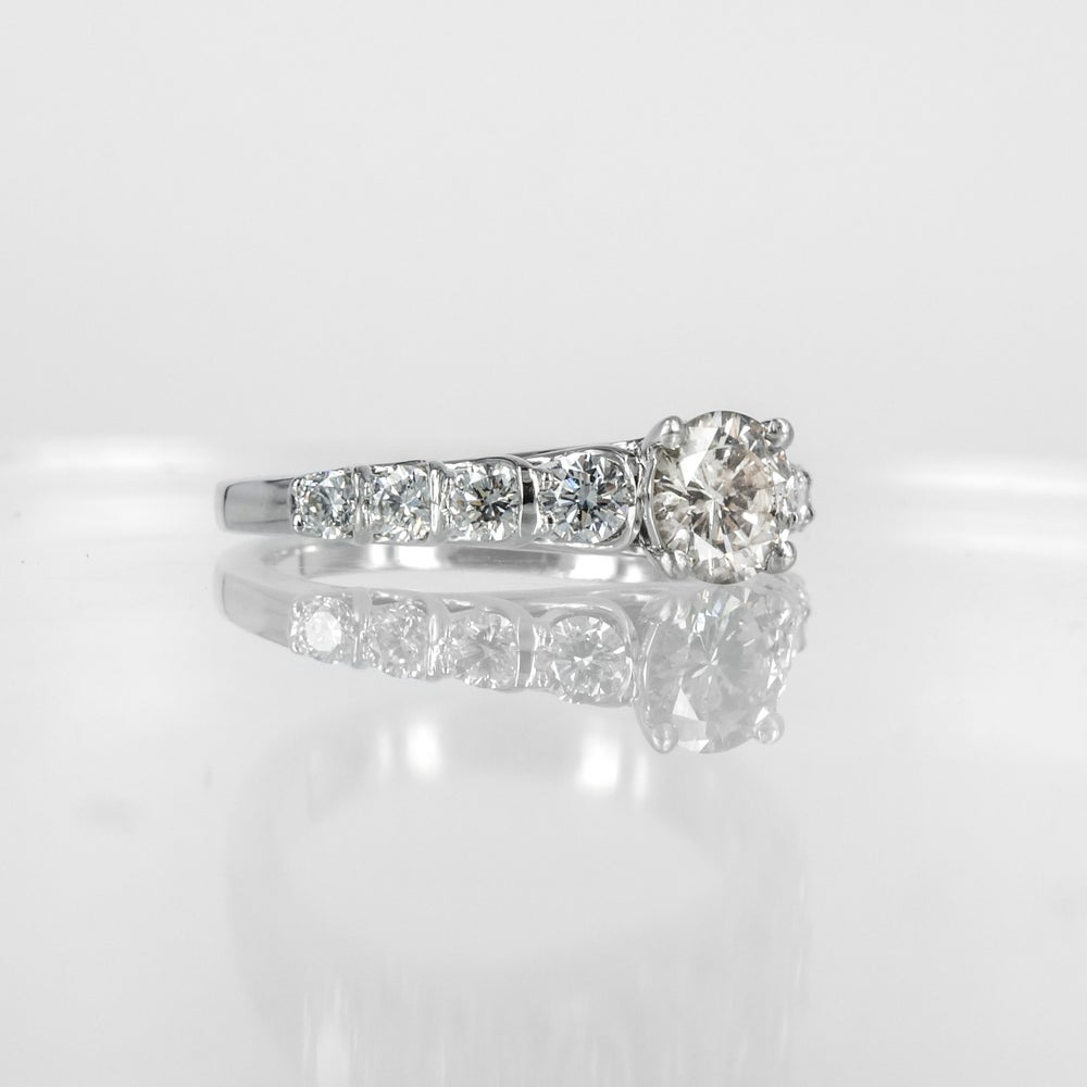 Image of PJ4695 Diamond engagement ring