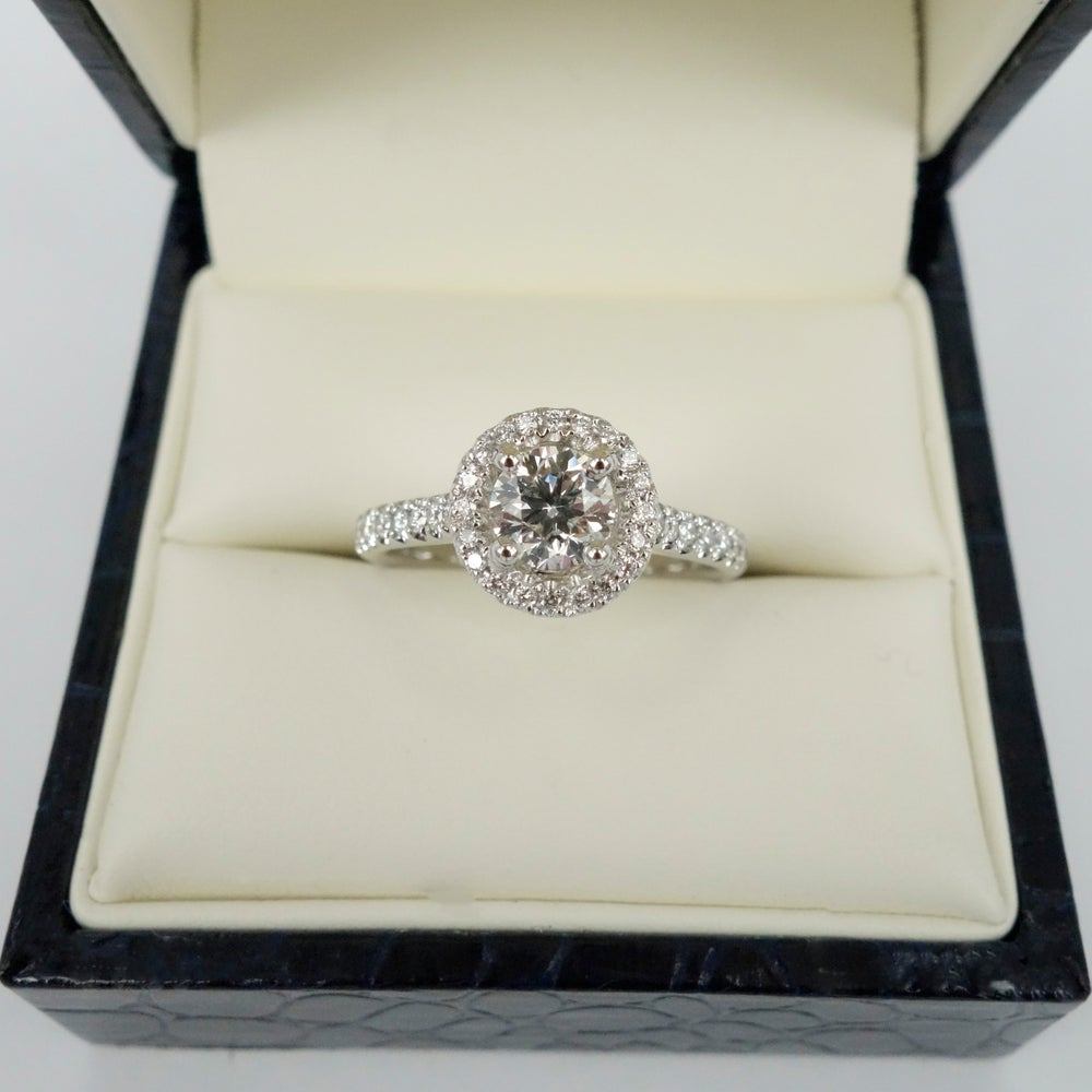 Image of PJ5640 18ct Art Deco style cluster