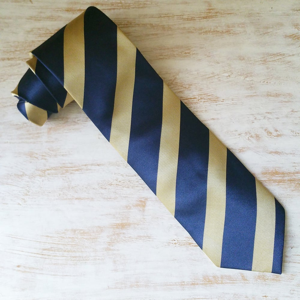 Image of LAWYER'S ROW NECKTIE