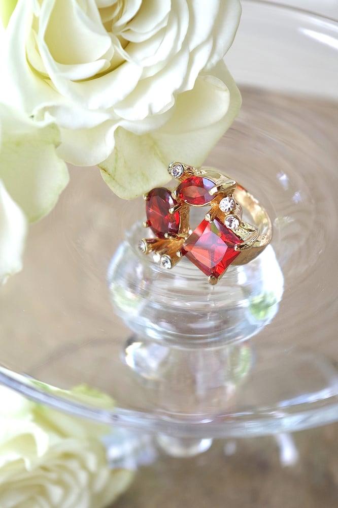 Image of Garnet Ring