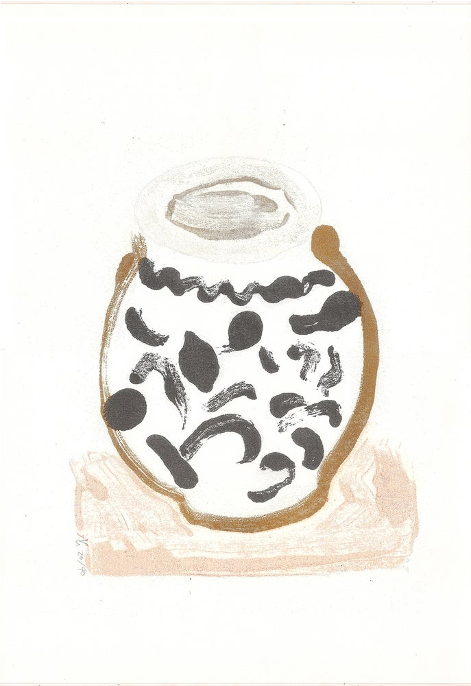 Image of squiggle pot, riso print