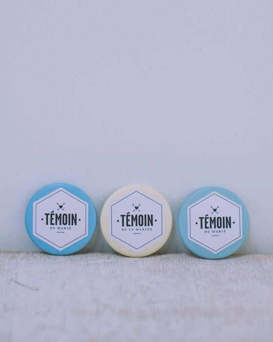 Image of BADGES / TEMOINS