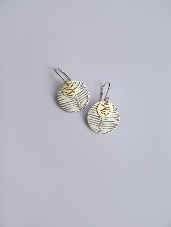 Image of MOON DOT EARRING: FROND POLLEN (ST. STEEL/BRASS)