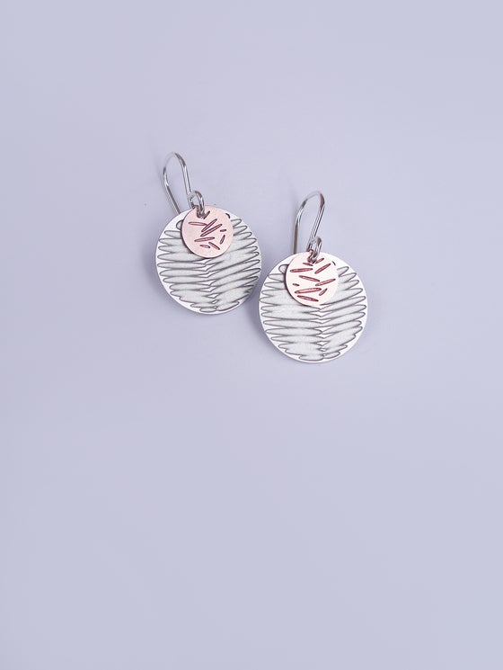 Image of MOON DOT EARRING: FROND POLLEN (ST. STEEL/COPPER)