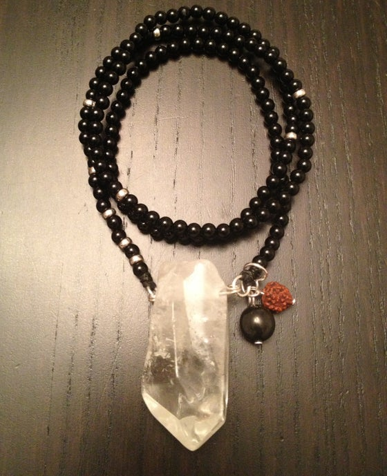 Image of Lean Classic Infinity Necklace Onyx