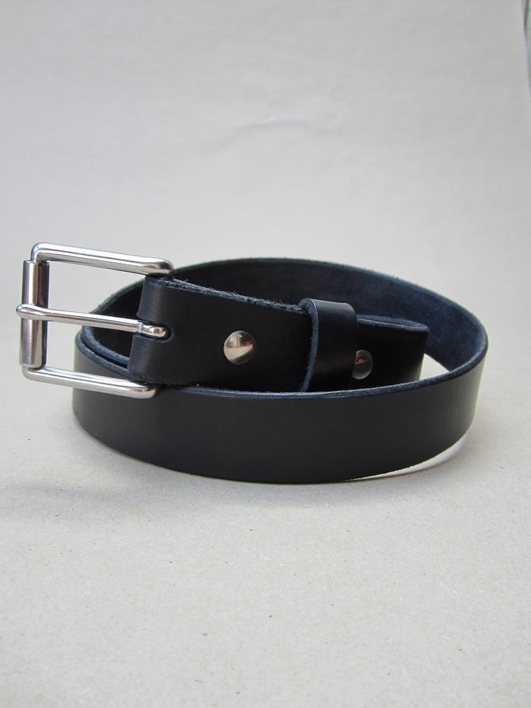 Image of Moth Hunting standard belt.