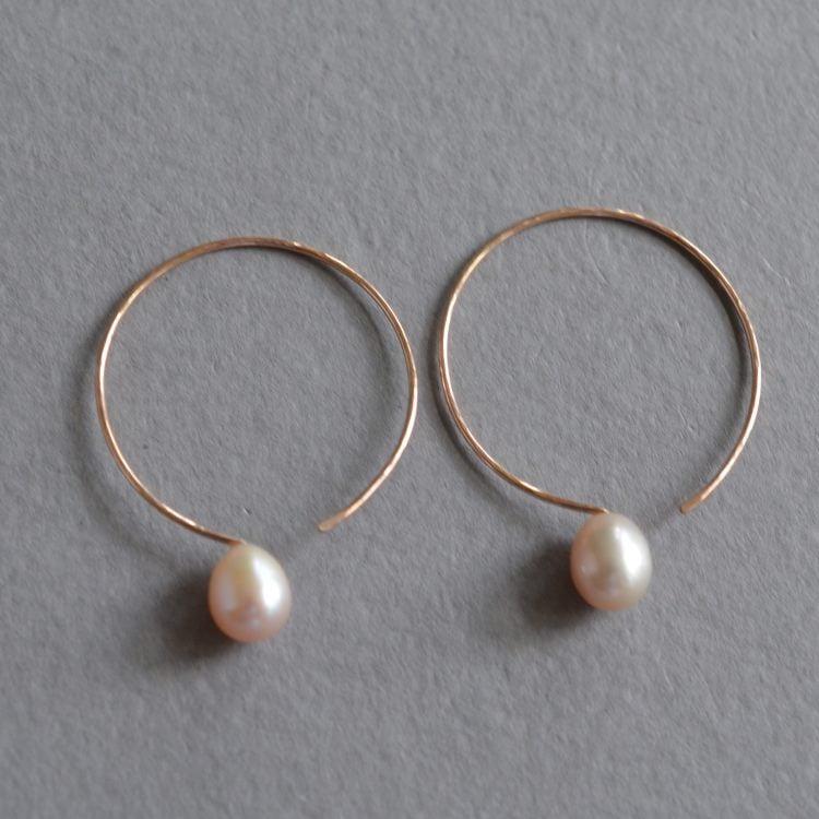 Image of Rose gold hoop earrings with pink pearls