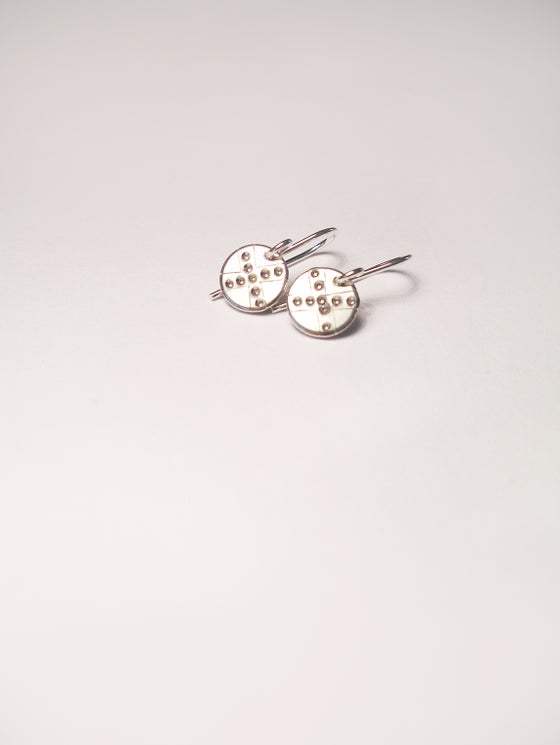 Image of DOT EARRING: POD X