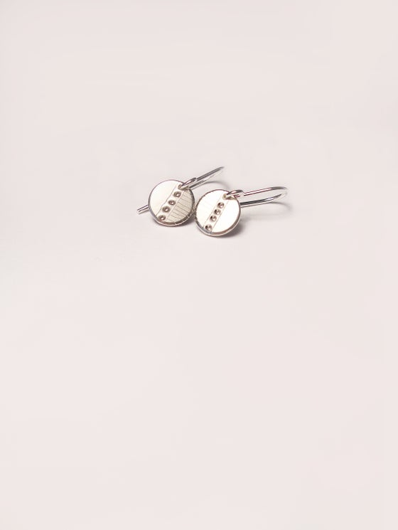 Image of DOT EARRING: POD I