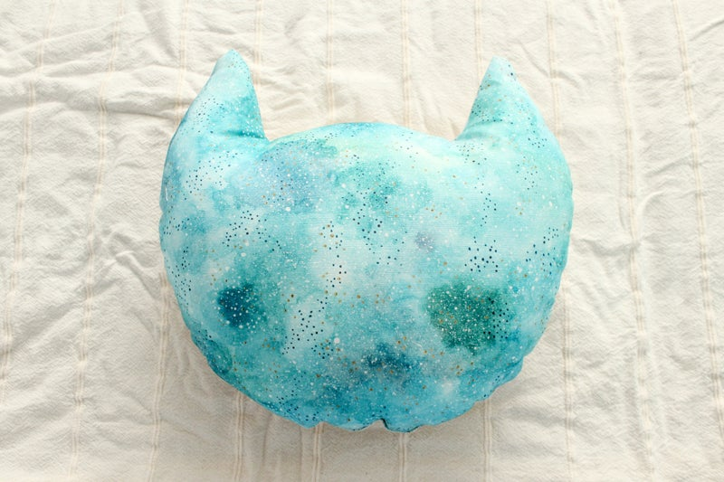 Image of Cat Head Cushion