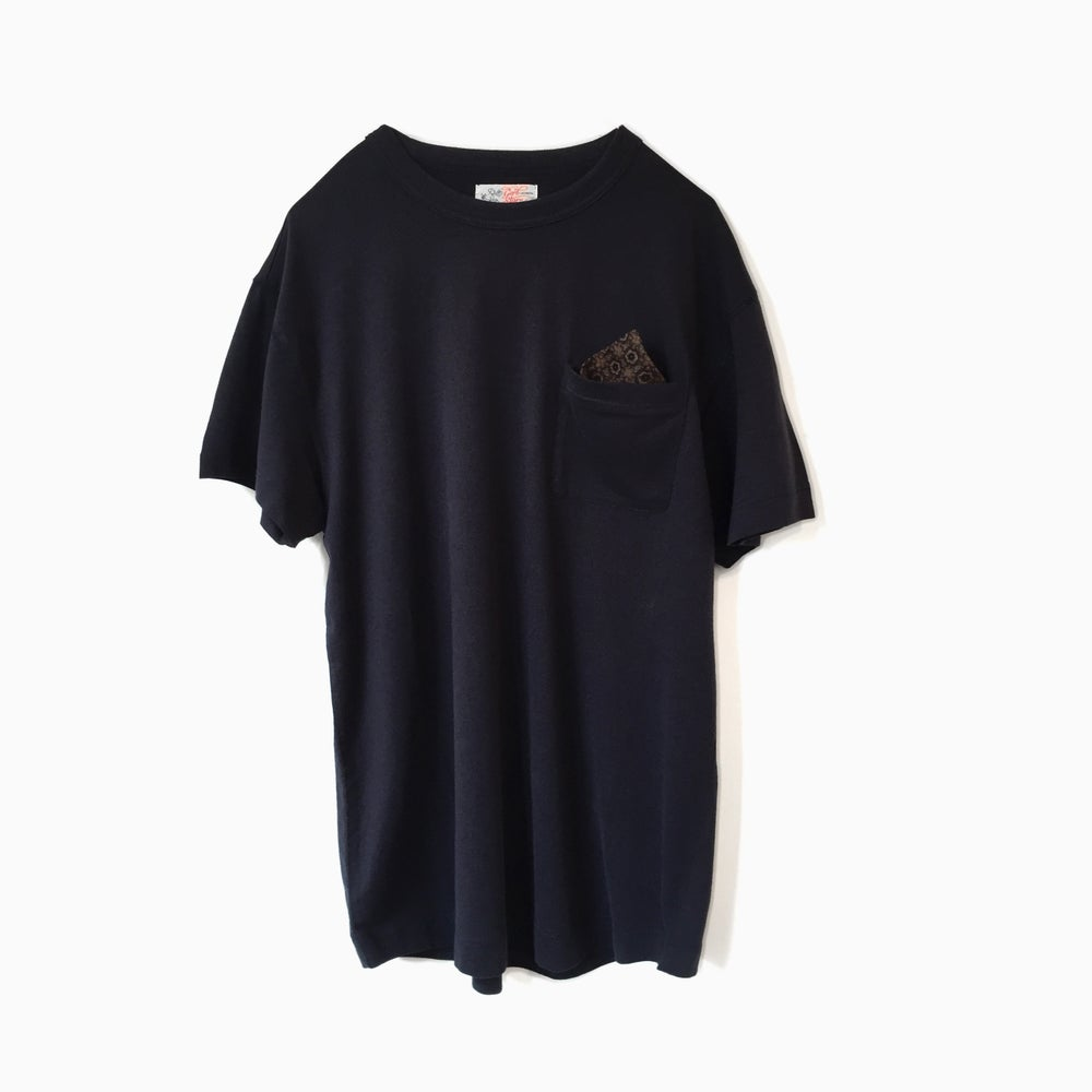 Image of Garbstore Pullout Pocket Square Tee- NAVY