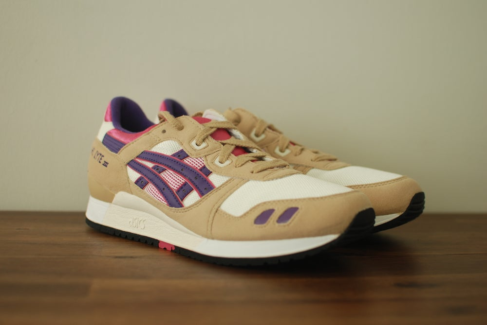 Image of Asics Gel Lyte III Tan/Pink