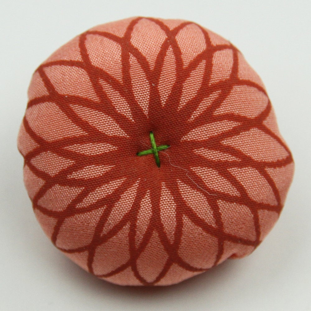 Image of Silk brooches in various colours, coral pink - grey