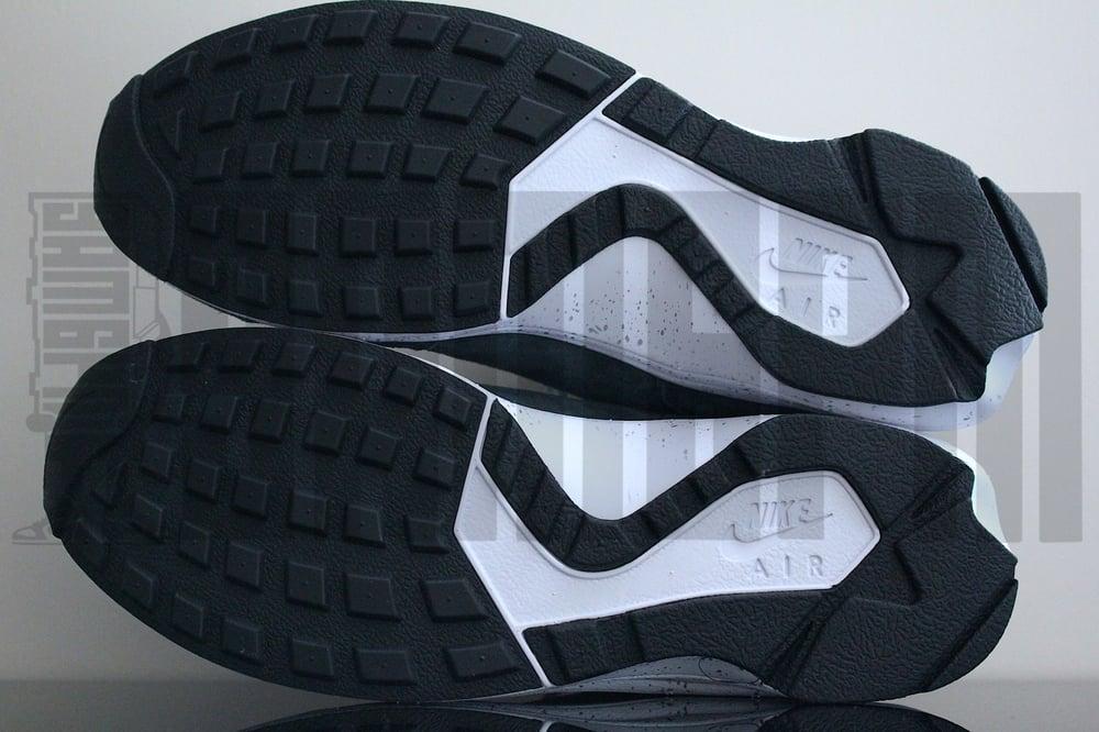 "Image of Nike AIR HUARACHE LIGHT ""FOOTPATROL"""
