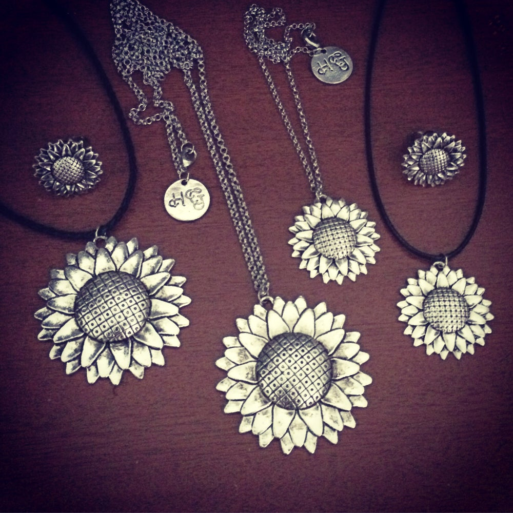 Image of Sunflower necklaces & chokers