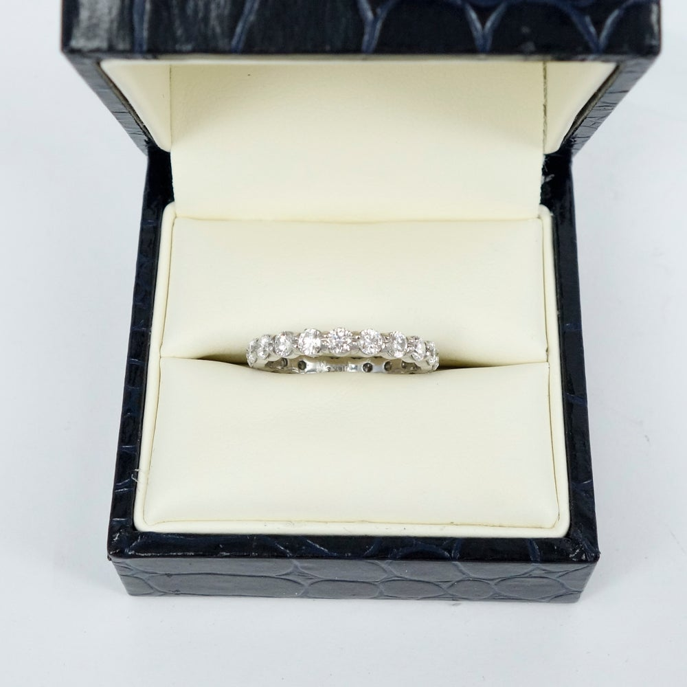 Image of PJS1 18ct white gold full circle share claw eternity band