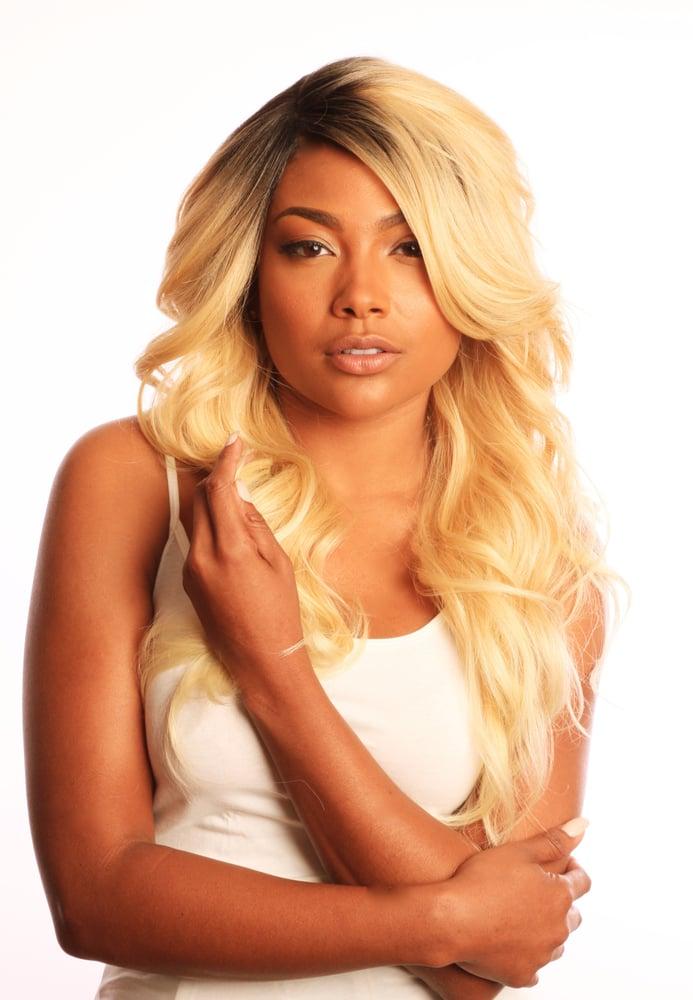Image of Peruvian Blonde Body Wave