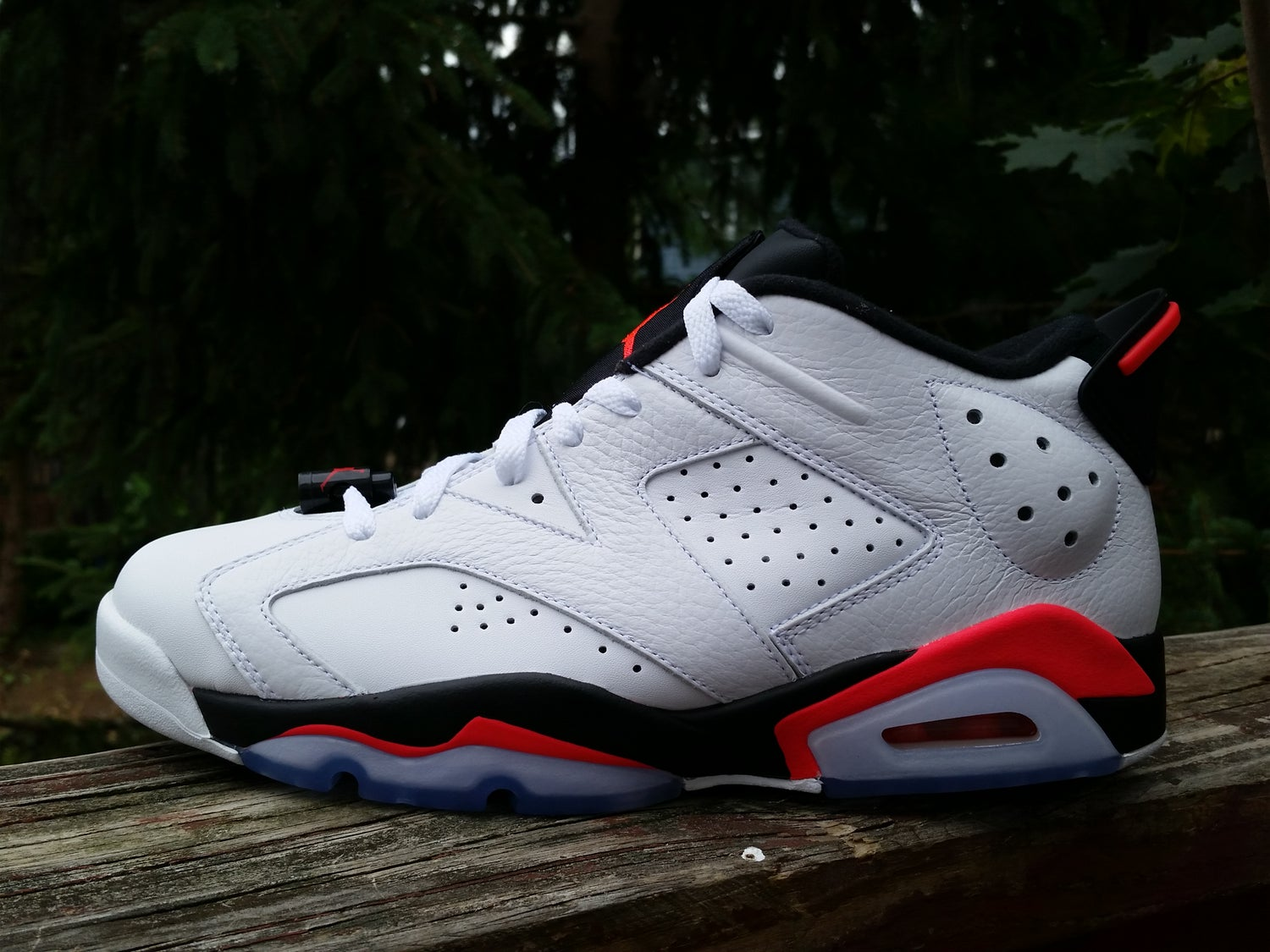 Image of White infrared 6 Low
