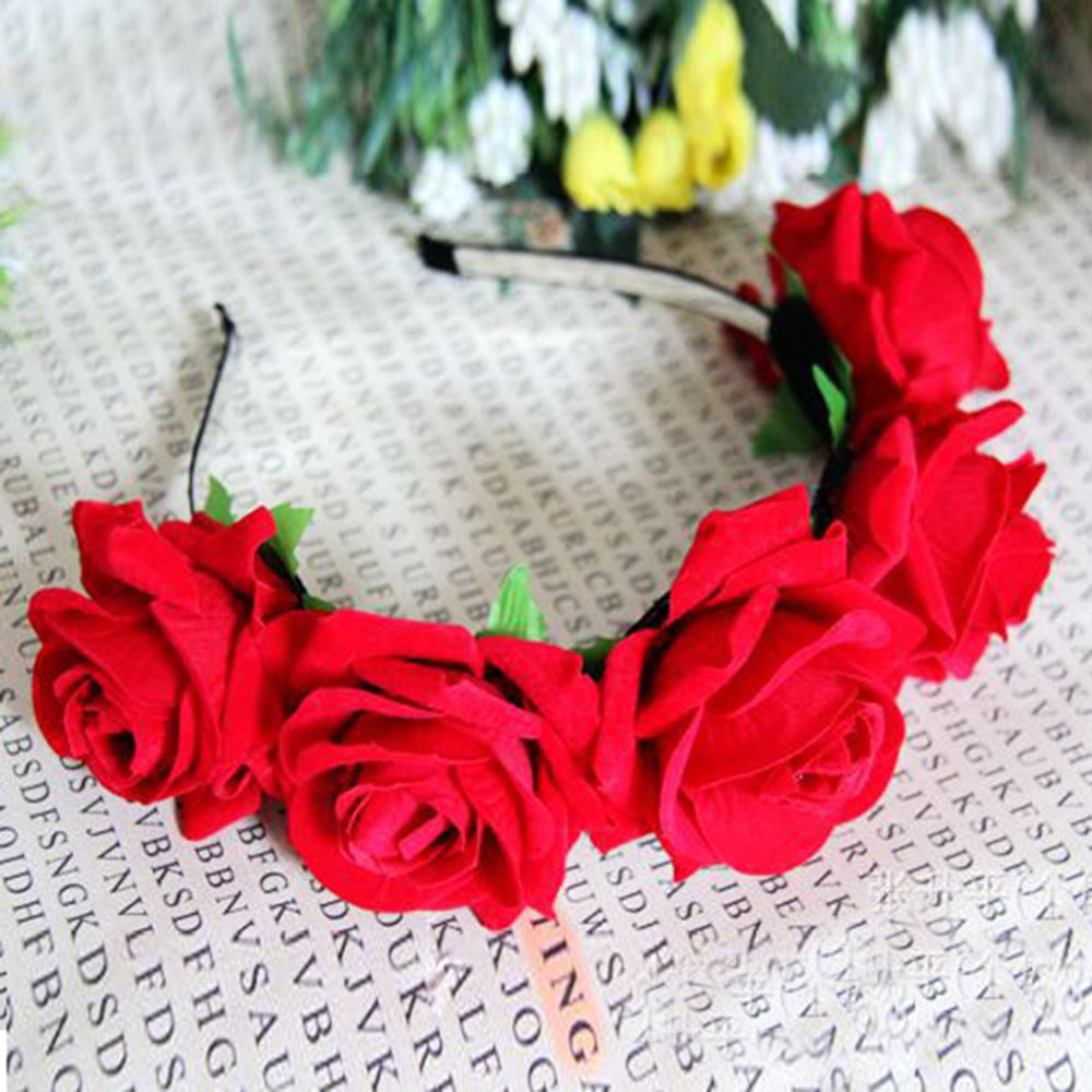 Image of Love Heart Red Floral Garland