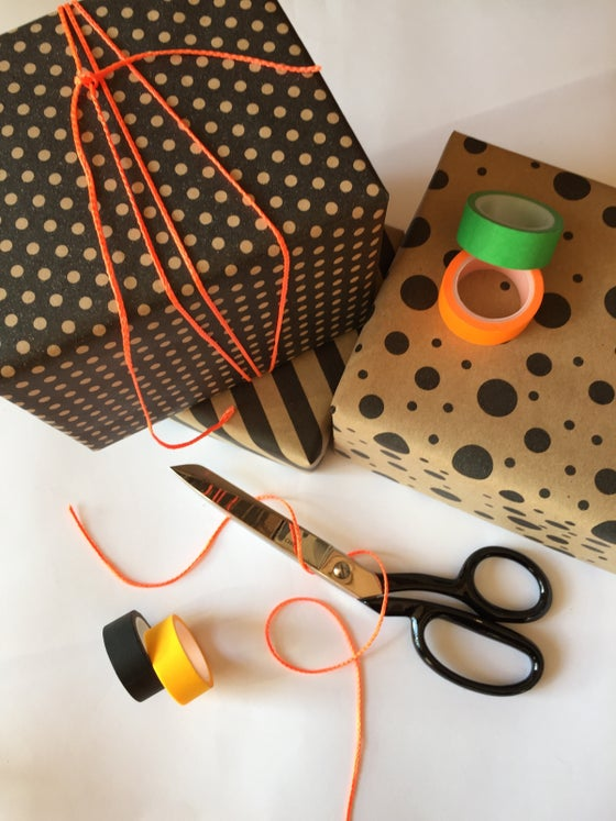 Image of Gift Wrapping/Box