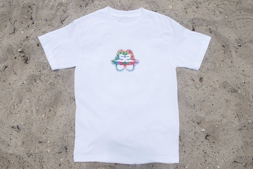 "Image of SNEAKER SPY REVERSE TIE DYE ""PEACE"" WHITE"