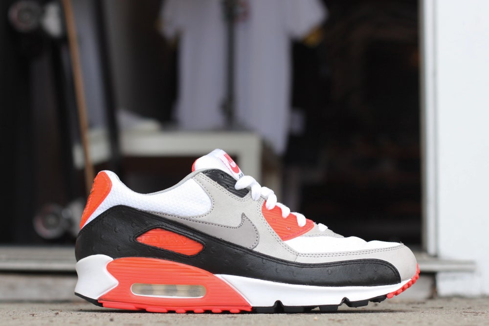 """Image of NIKE AIR MAX 90 PREMIUM """"OSTRICH INFRARED"""" 333805-101"""