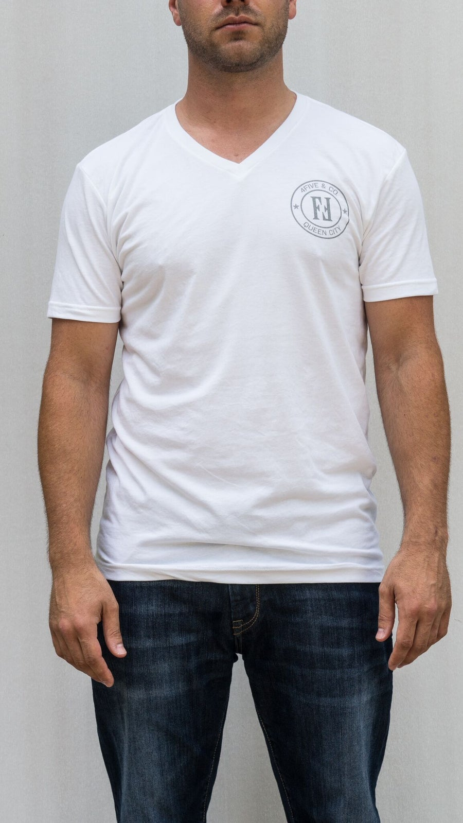 Image of 4FIVE Everyday Logo V-neck