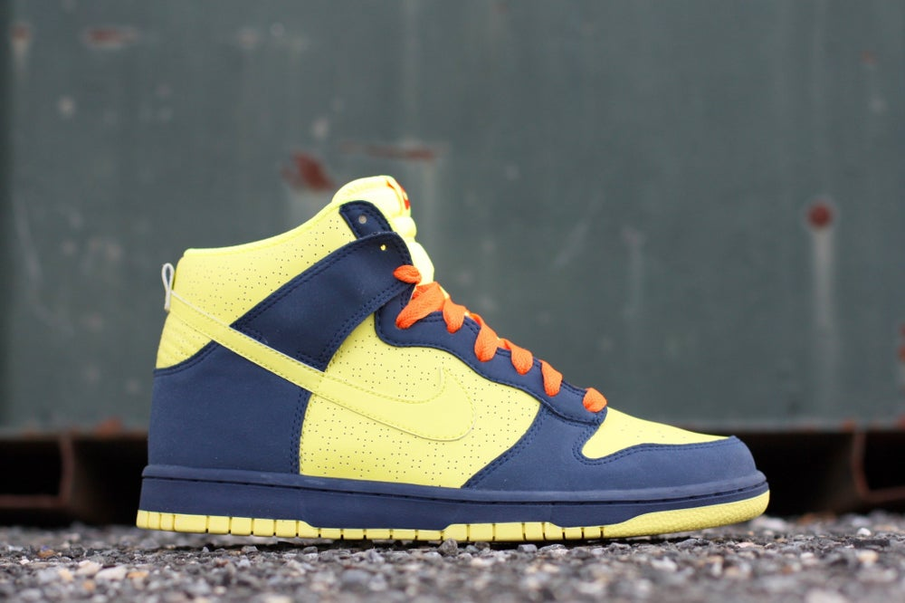 Image of NIKE DUNK HIGH MIDNIGHT BLUE 317982-772
