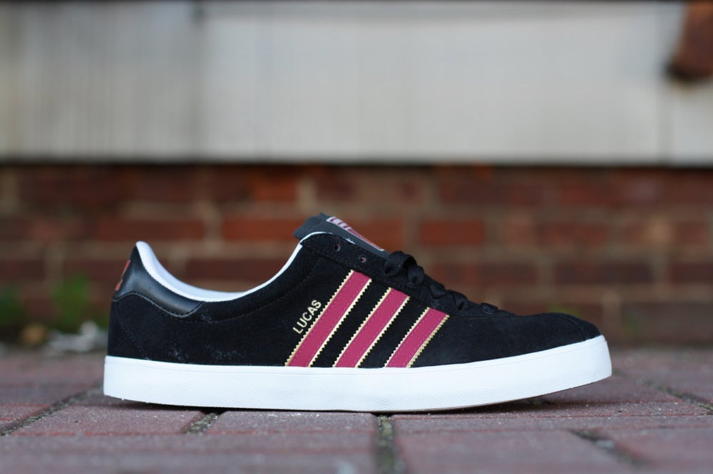 Image of ADIDAS SKATE BLACK GOLD